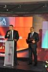 Preşedintele Camerei de Comerţ şi Industrie a României, Dl. Mihai Daraban a înmânat premiul companiei ROMGAZ în cadrul Galei ZF - 26 noiembrie 2014
